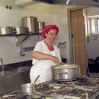 Oferta laborar cuiner menjador escolar